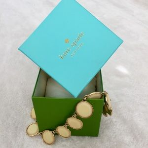 Like New kate spade Cream & Gold Bubble Necklace